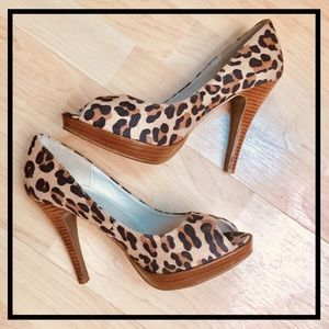 ❤️Leopard Animal Print Peep Toe Platform Pumps